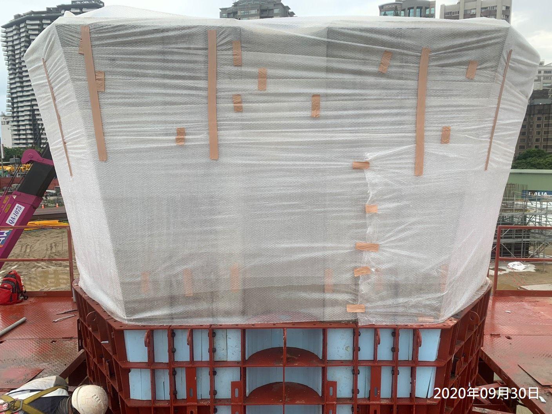 橋墩墩柱混凝土保護措施.
