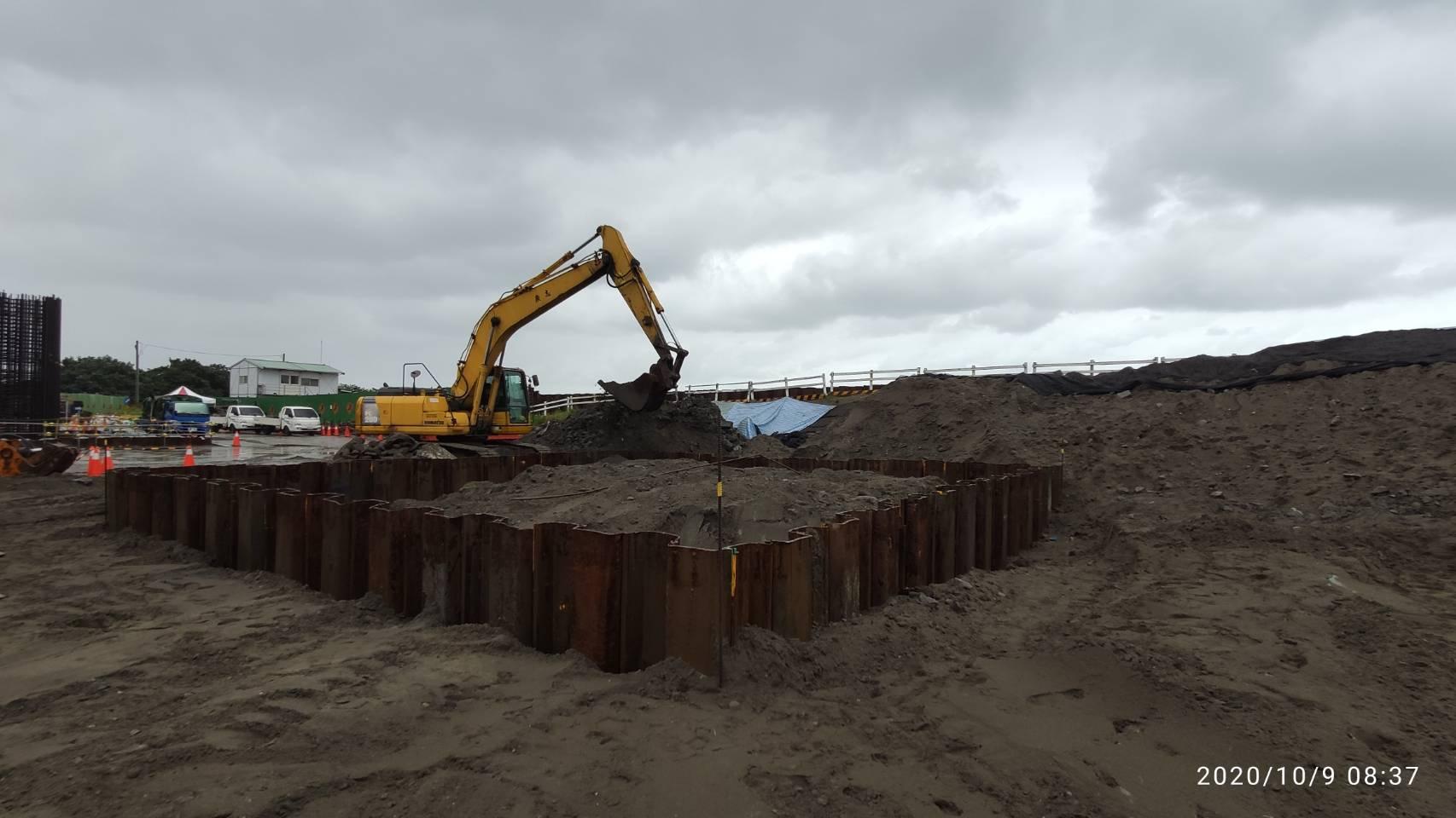 八里端P4S橋墩墩柱基礎版第一階降挖