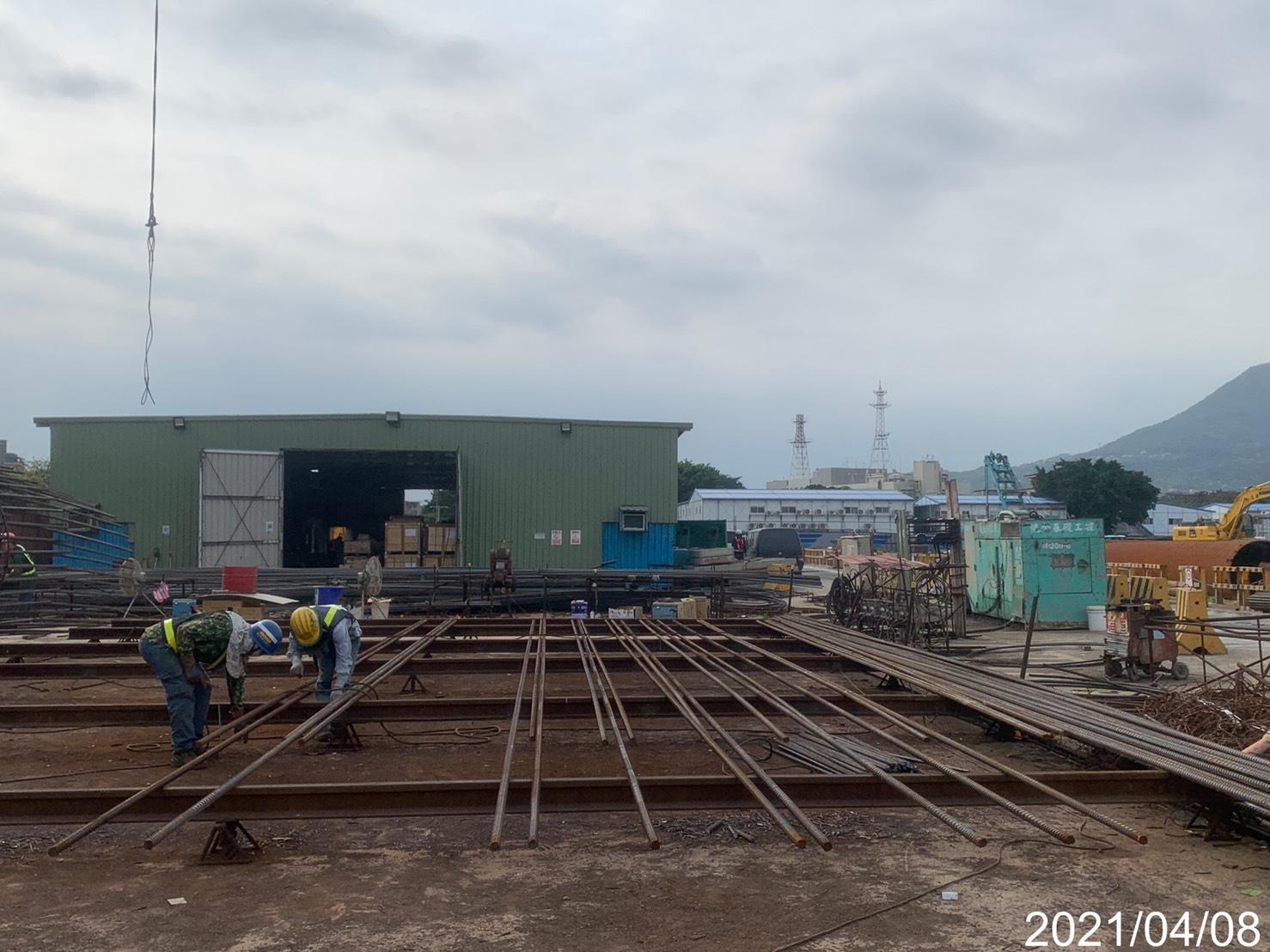 基樁鋼筋籠生產加工作業.