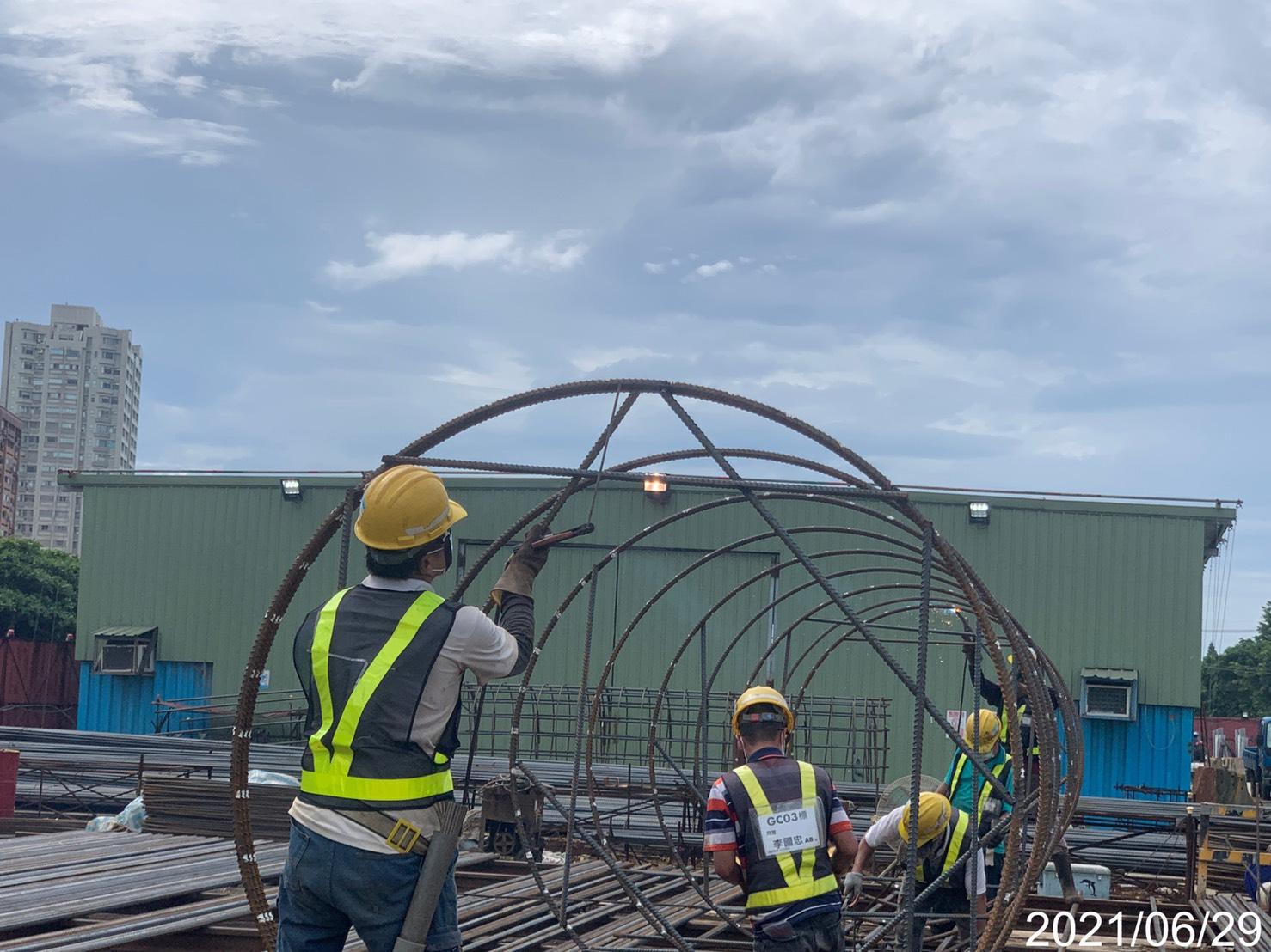 基樁鋼筋籠生產製造加工組立.