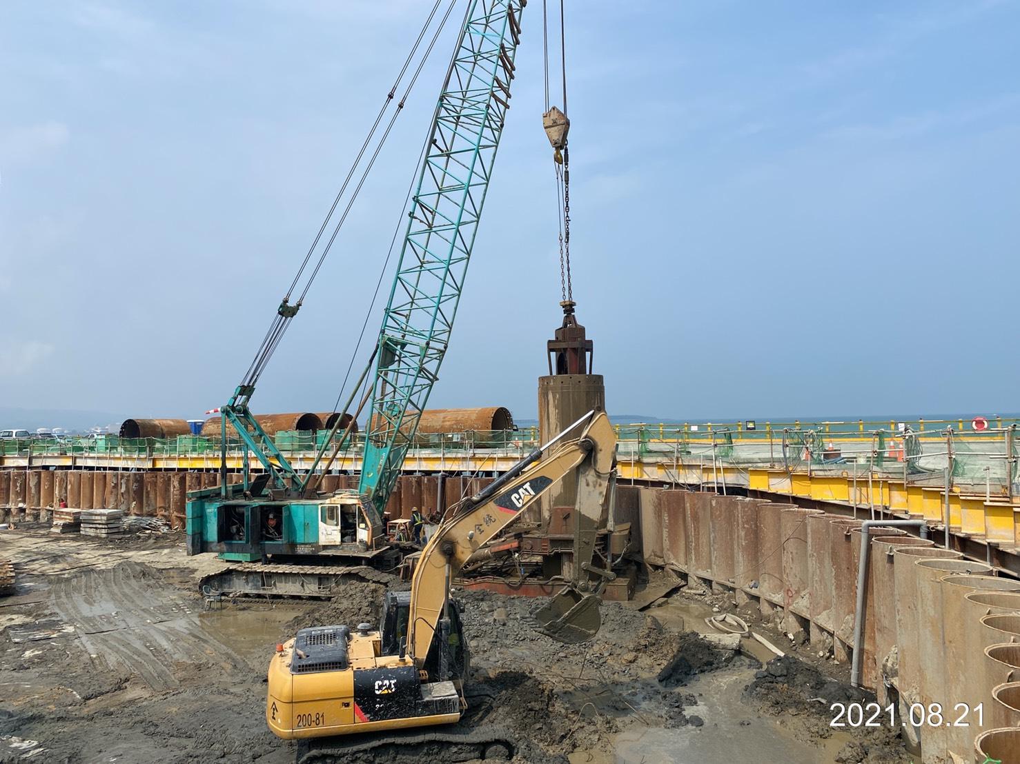 河中段基樁工程施作.